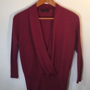 The Limited Sweater Size Medium Cranberry